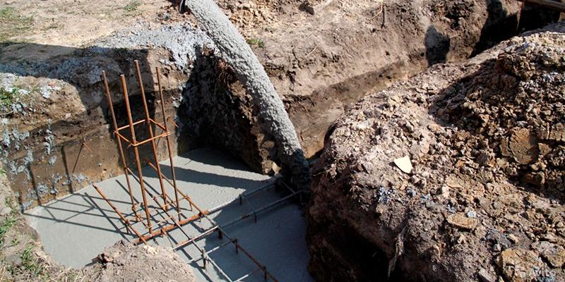 заливка бетона в траншею без опалубки